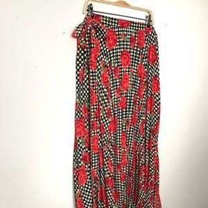 Lularoe Deanne wrap skirt